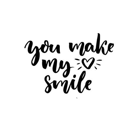 hacer el amor: Haces que mi corazón sonría. Diciendo sobre el amor y la relación. caligrafía del cepillo con el símbolo del corazón dibujado a mano Vectores