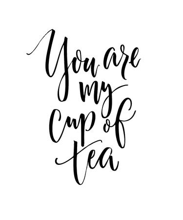 Jij bent mijn kopje thee. Grappig liefde spreuk, zwarte inkt moderne kalligrafie op witte achtergrond. Stock Illustratie