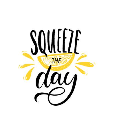 Spremere il giorno. Citazione motivazionale pennello lettering con fetta di limone illustrazione su sfondo bianco. Poster di ispirazione