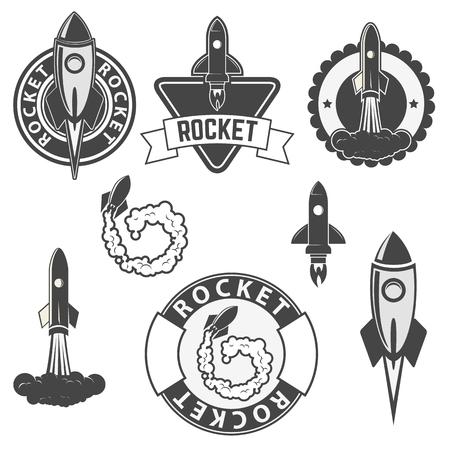 raumschiff: Set der Vektor-Raketen Etiketten. Raumschiffe Silhouetten Sammlung. Etikett und Emblem Design-Vorlage. Vectordesign Elemente.