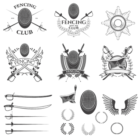 フェンシング クラブ ラベル、エンブレム、バッジ テンプレートおよびデザイン要素のセットです。ベクトルの花輪、古代武器、騎兵キャップのセ