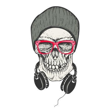 帽子と sunglases で流行に敏感な頭蓋骨。ヘッドフォン スカル。T シャツのデザイン要素を印刷します。ベクトルの図。  イラスト・ベクター素材