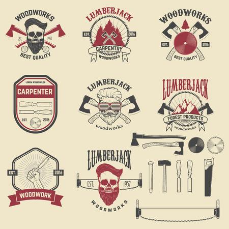 Set von Holztäfelung, Zimmerer-Etiketten, Embleme und Design-Elemente. Vektor-Illustration. Vektorgrafik