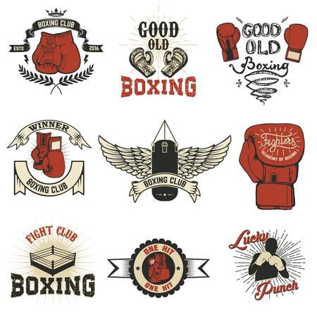 Boxen. Boxing Club-Etiketten auf Grunge Hintergrund. T-Shirt Druckvorlage. Design-Elemente für Logo, labe, Emblem.