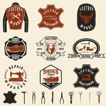 shoe repair: Set of repair workshop labels and design elements. Leather works, shoe repair,  apparel workshop. Design element for logo, label, emblem, sign, brand mark. Vector illustration.