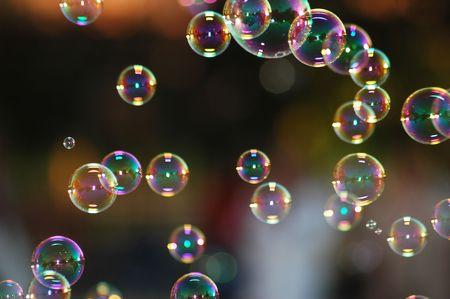 soap bubbles: Seifenblasen