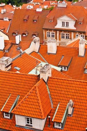 flue season: Tejados de la ciudad vieja. Praga, Rep�blica Checa