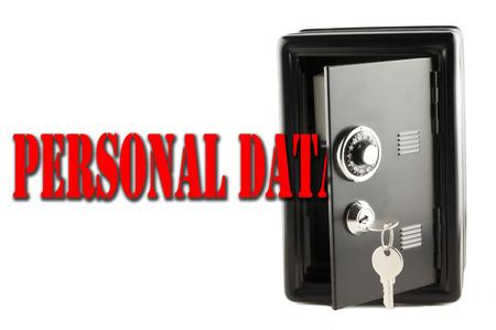 """datos personales: Las palabras """"Datos personales"""" que entran en un cofre negro, aislado m�s de blanco"""