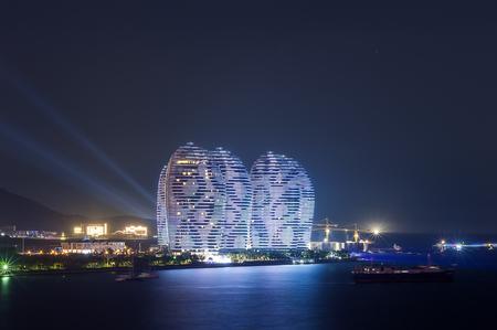 super star: Hainan Sanya Phoenix Island, super star hotel night view