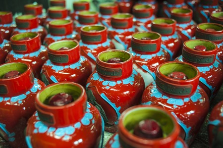 lacquer ware: Shaoxing production process Editorial