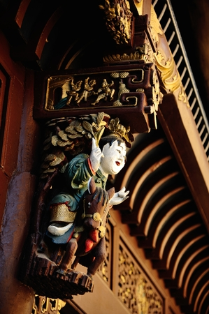 corbel: Ancient Chinese characters and lacquer wood carving
