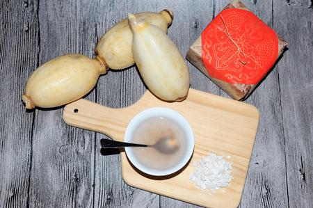 starch: Fresh Lotus root and Lotus root starch