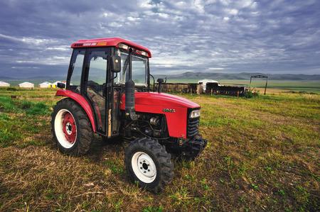 herdsman: Grassland and tractor