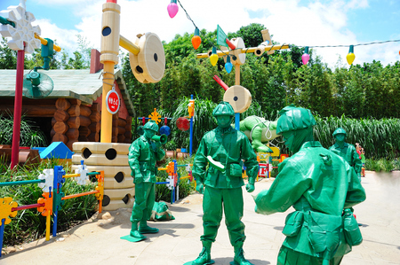 plastic soldier: Toy soldiers