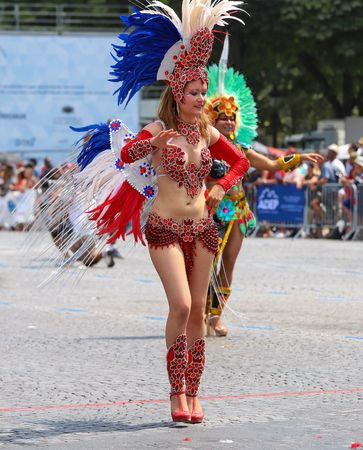 The participant of Tropical carnival 2018 in Paris , France. Over 4,000 dancers and a dozen floats from around the world participate in the parade. 新聞圖片