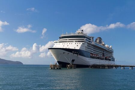 Large beautiful cruise ship at sea and nice cloudy sky on background 版權商用圖片