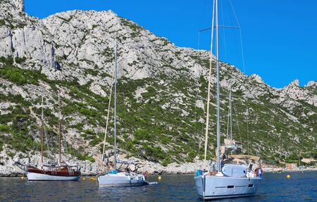 A wonderful creek in the national park of Calanques in Marseilles The typical landscape of the South of France. 版權商用圖片