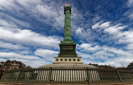 The July Column on Bastille square in Paris, France. 版權商用圖片