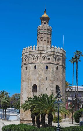 Torre del Oro -Tower of Gold on the bank of the Guadalquivir river, Seville, Spain 版權商用圖片