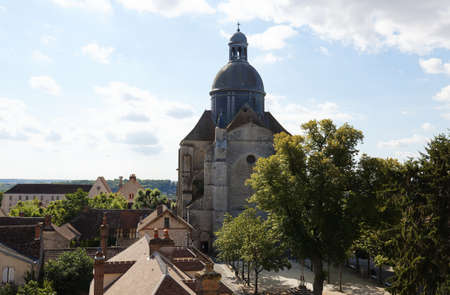 The Saint Quiriace collegiate church is located in the upper town of Provins. It was built during the 12th century.