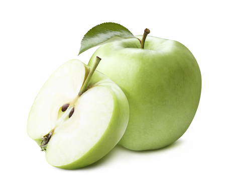 manzana verde: manzana entera verde medio aislado sobre fondo blanco como elemento de diseño de paquete