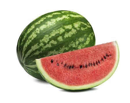 Gehele watermeloen en grote die plak op witte achtergrond als element van het pakketontwerp wordt geïsoleerd Stockfoto