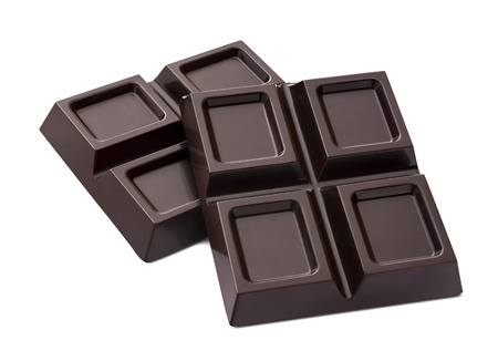 Chocoladereep 2 die stukken op witte achtergrond als element van het pakketontwerp worden geïsoleerd