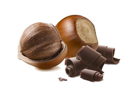 Haselnussschokoladenrollen lokalisiert auf weißem Hintergrund für Verpackungsgestaltung