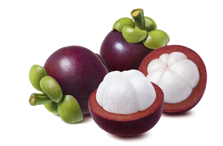 Fresh mangosteen. Whole and halves isolated on white background as package design element Foto de archivo