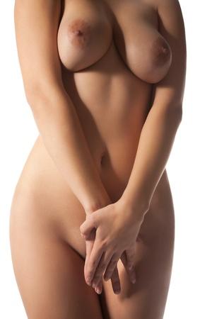 naked young woman: Portrait de la belle femme sur fond blanc