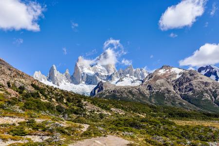 cerro fitzroy: View of the peaks, Fitz Roy Walk, El Chalten, Patagonia, Argentina Stock Photo