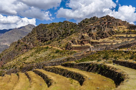 sacred valley of the incas: The fortress of Pisac in the Sacred Valley of the Incas, Peru