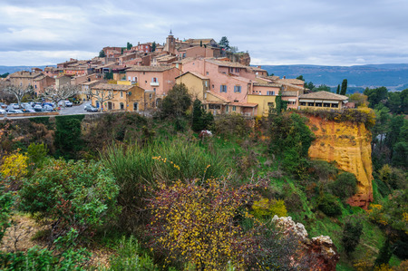 hilltop: View of the hilltop village of Rousillon, Provence, France