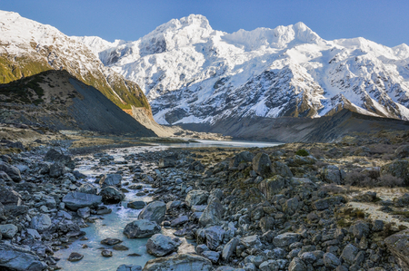 hooker: Hooker River and snowy mountains in the AorakiMount Cook National Park, New Zealand Stock Photo