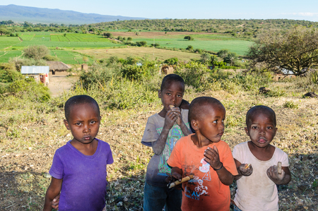 hunter gatherer: Datoga kids playing with us at Lake Eyasi, Tanzania Editorial