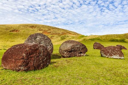 rapanui: Vaka Kipo Volcano, the site where the moai hats were fabricated in Easter Island, Chile Foto de archivo