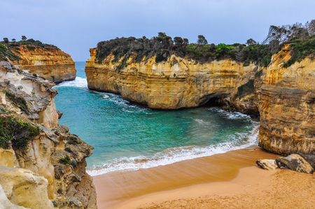ard: Sandy beach at the Loch Ard Gorge on the Great Ocean Road in Australia
