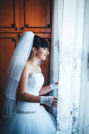 getting: Bride getting ready.