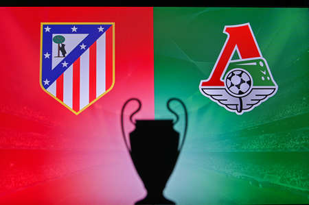 MADRID, SPAIN, NOVEMBER. 16. 2020: Atletico Madrid Vs. Lokomotiv Moscow. Football UEFA Champions League 2021 Group Stage match. UCL Trophy silhouette, sign of club on the screen in background 新聞圖片