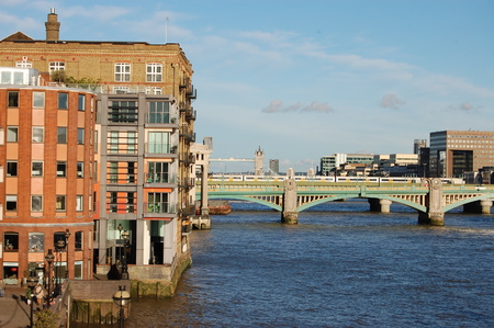 tower house: London bridges