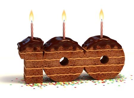 torta con candeline: Cioccolato torta di compleanno circondata da coriandoli con una candela accesa per un centesimo compleanno o anniversario celebrazione