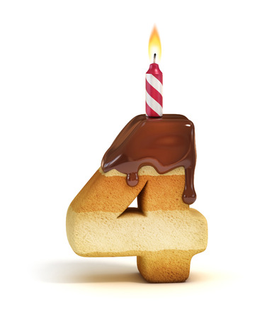 cuatro elementos: Torta de cumpleaños número 4 de la fuente