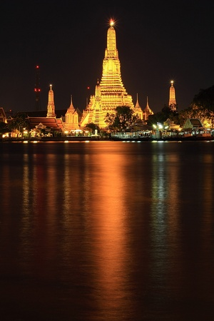 travel wat arun or temple of thailand. photo