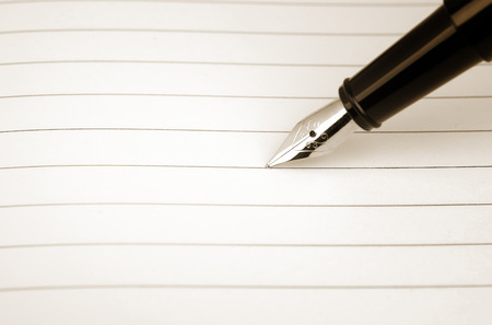 oldened: Blank card with lines and the pen, oldened