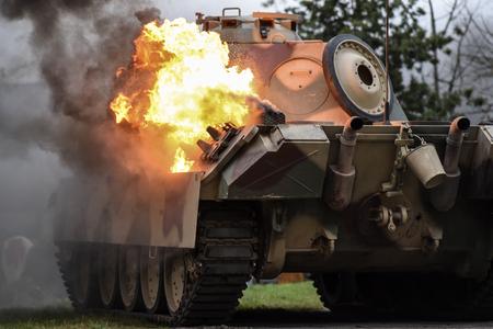Gryfino, Pologne, 23 septembre 2017: reconstruction historique de la bataille d'Arnhem, char allemand en feu.