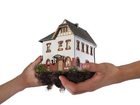 家を構え手。移転、住宅ローン、継承の概念 写真素材 - 86503077