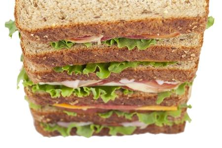 ham sandwich: Close up immagine del panino al prosciutto gigante su sfondo bianco