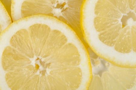 lemon slices: Primo piano colpo di fette di limone fresco