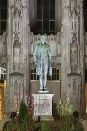 hale: Image of Hale statue in Chicago