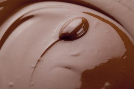 chocolate derretido: Una imagen de cerca de chocolate derretido